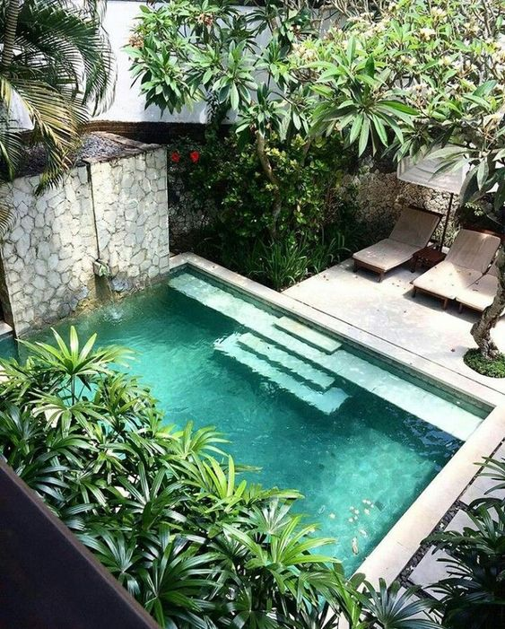 Swimming Pool Garden Ideas: Create Your Own Resort