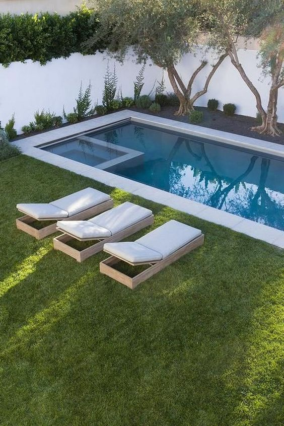 Swimming Pool with Hot Tub Ideas: Make It Cute
