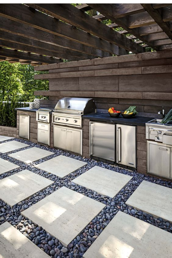 Backyard Grill Ideas: Earthy Grill Station