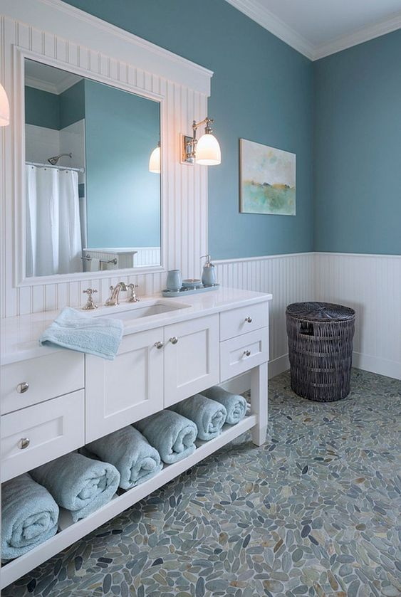 Beach Bathroom Ideas: Elegant Soft Blue