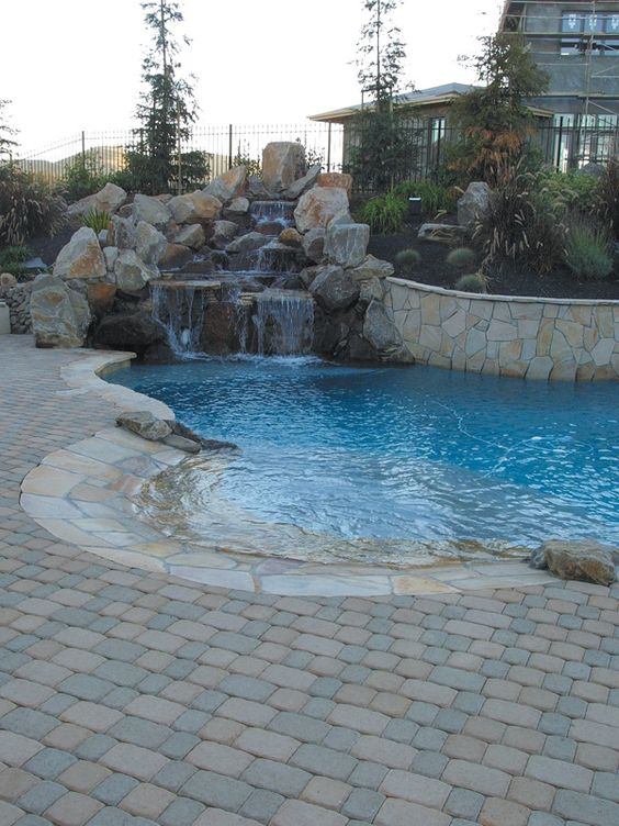 beach entry swimming pool ideas 18