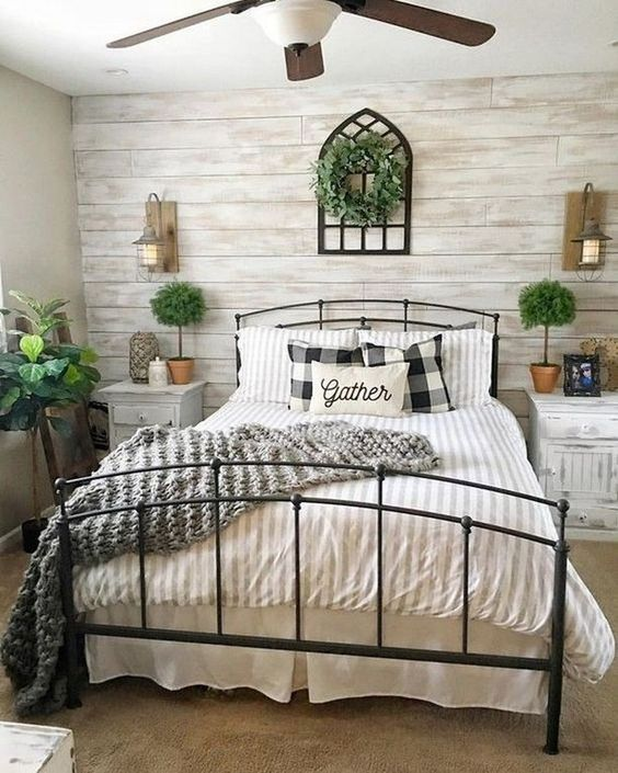 Farmhouse Bedroom Ideas: Calming Bedroom