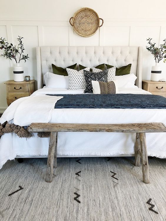 farmhouse bedroom ideas 18