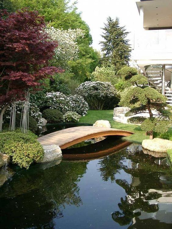modern backyard ideas 18