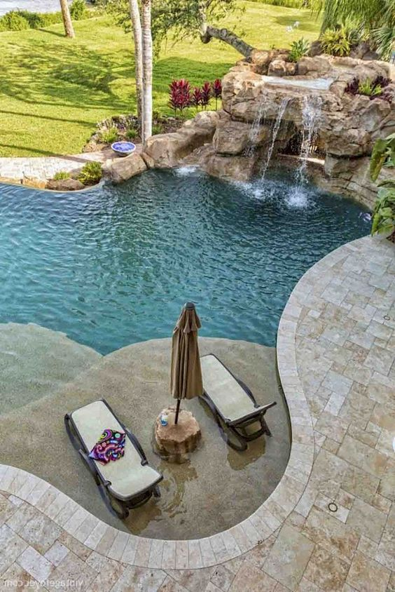 outdoor swimming pool ideas 13
