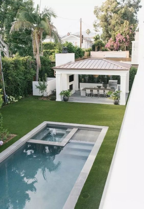 outdoor swimming pool ideas 19
