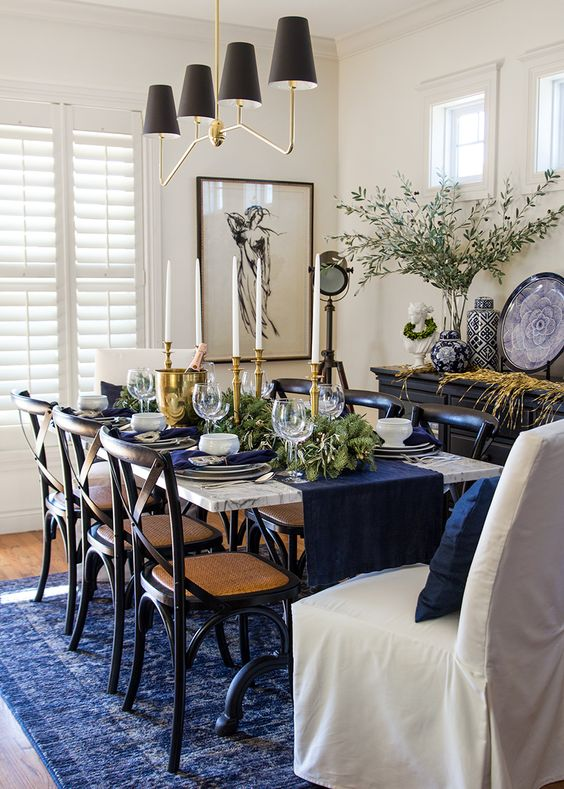 Transitional Dining Room Ideas: Dazzling with Navy