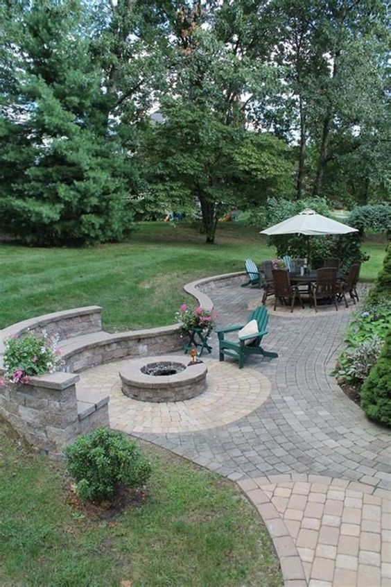 Backyard Patio Ideas: Simple Paver Patio