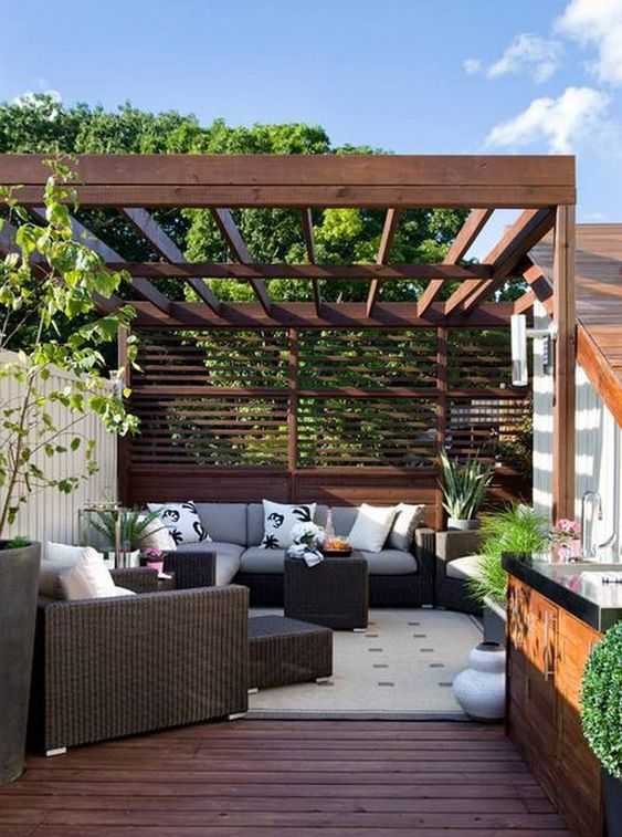 Backyard Patio Ideas: Dark Wood Patio
