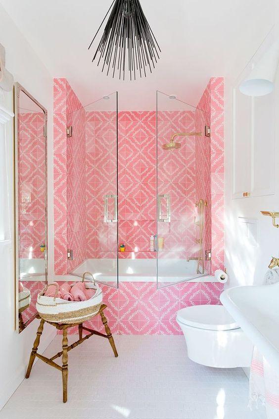Pink Bathroom Ideas: Outstanding Pink Bathroom
