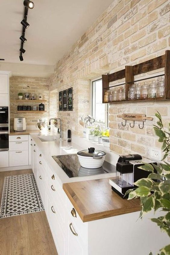 Rustic Kitchen Ideas: Exposed Bricks Wall