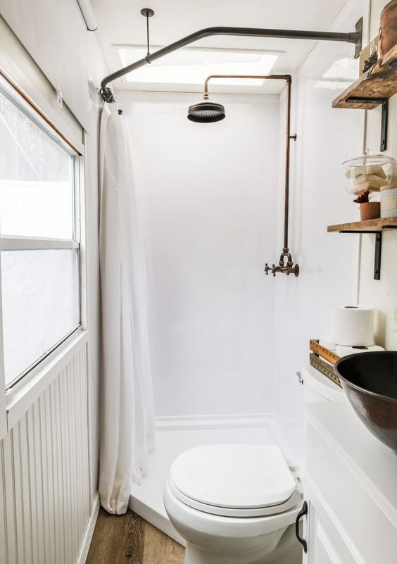 Tiny Bathroom Ideas: Eye-Catching Bathroom