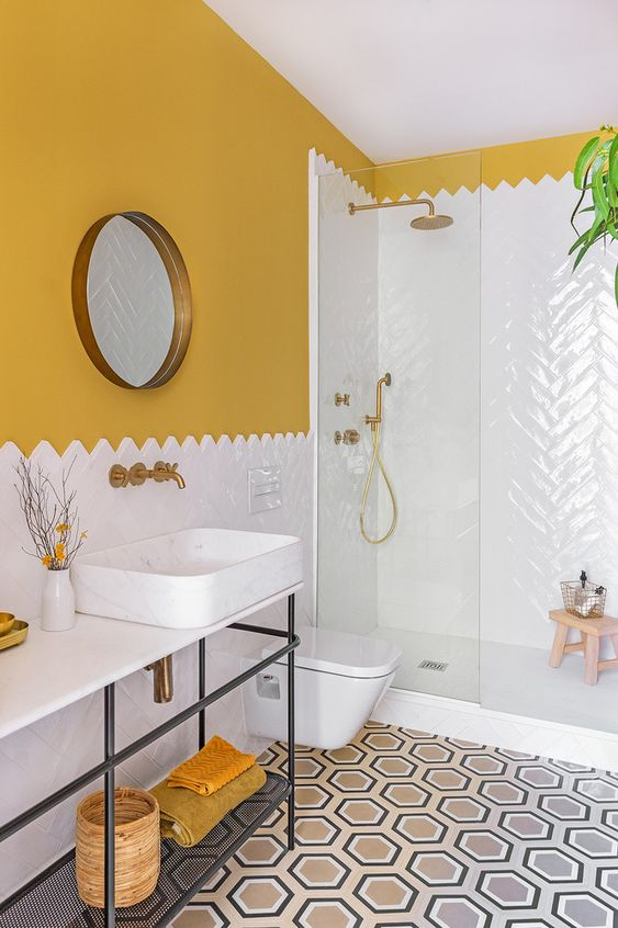 Yellow Bathroom Ideas: Two-Tone Style