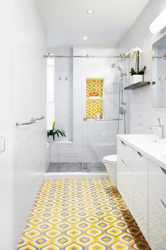 Yellow Bathroom Ideas: Bright Yellow Flooring
