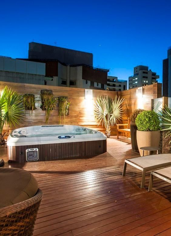 Backyard Hot Tub Ideas: Rooftop Hot Tub