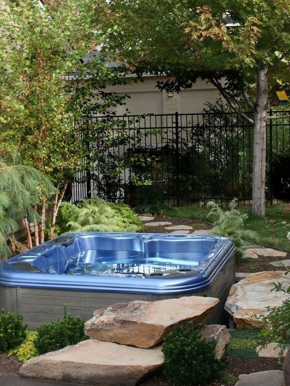 Backyard Hot Tub Ideas: Garden Hot Tub