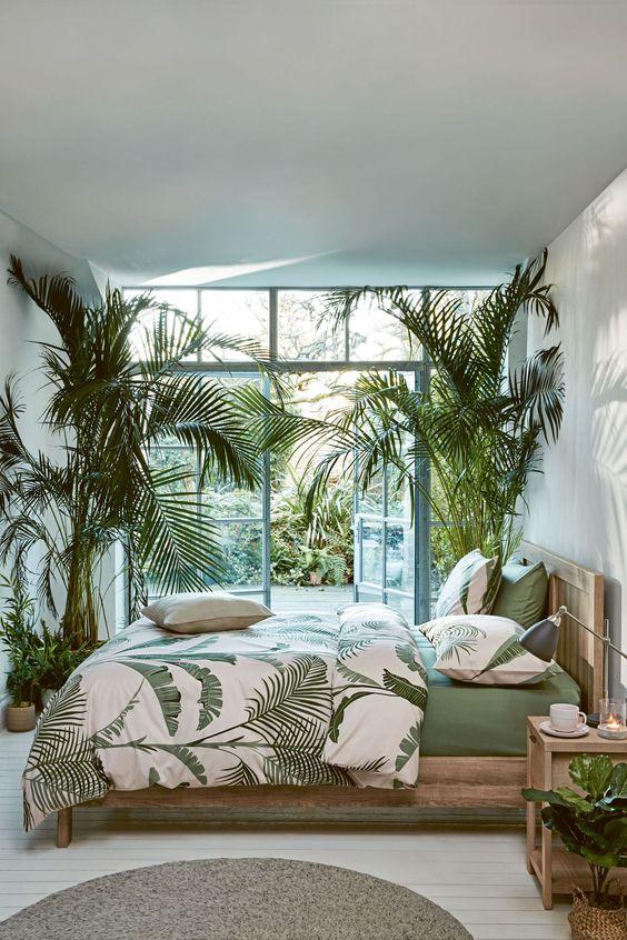 Bedroom Decor Ideas: Rustic Tropical Bedroom
