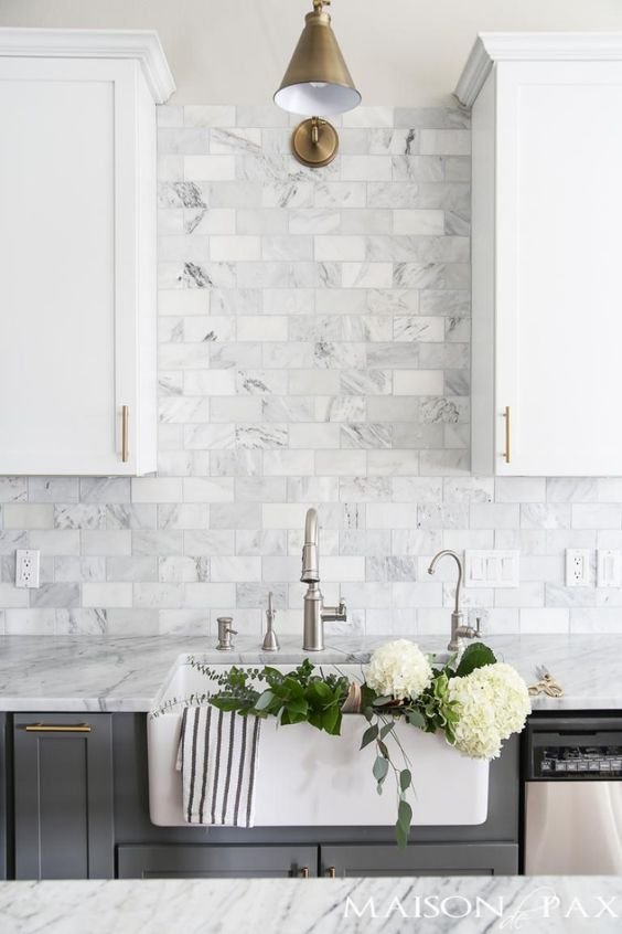 Kitchen Backsplash Ideas: White Textured Tiles