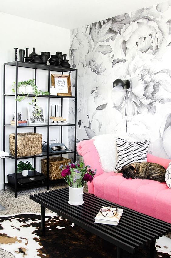 Living Room Wallpaper Ideas: Black and White