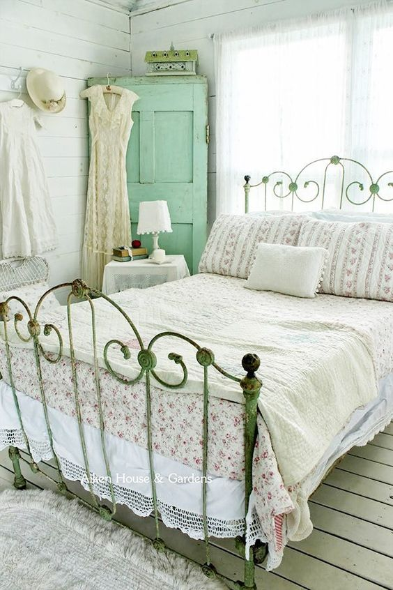 shabby chic bedroom ideas 9