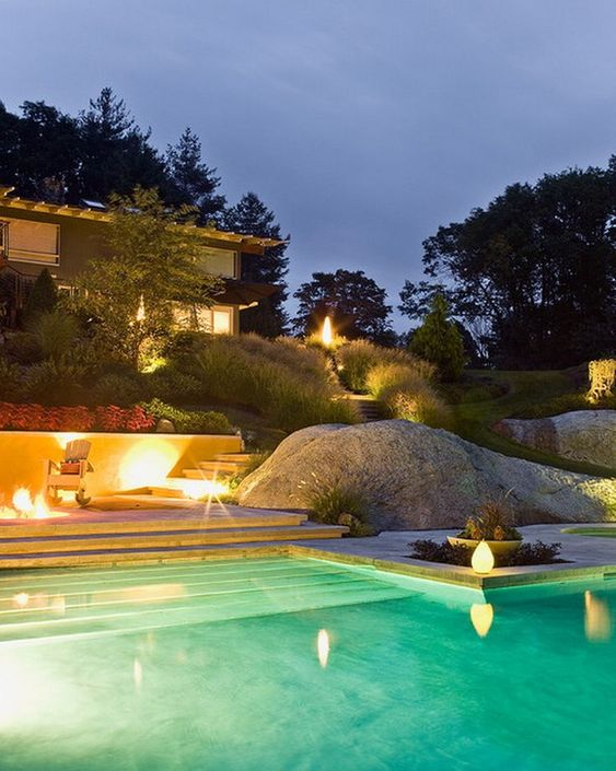Swimming Pool Lighting Ideas: Elegant Outdoor Pool