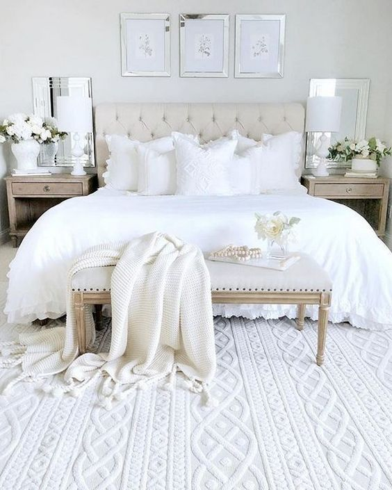 White Bedroom Ideas: Relaxing Farmhouse Room