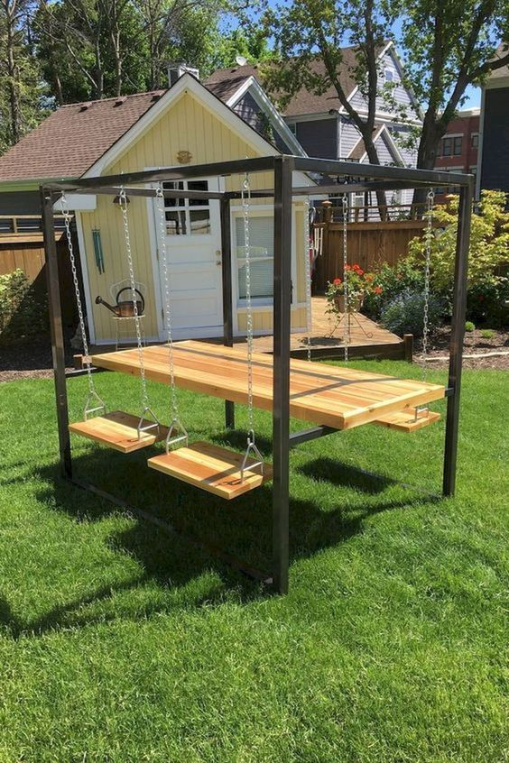 Backyard Table Ideas: Unique Floating Table