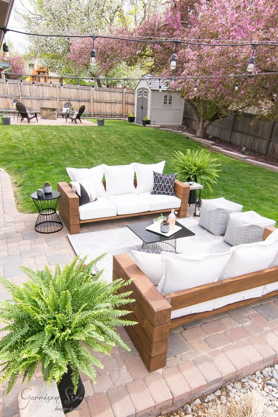 cozy backyard ideas 13