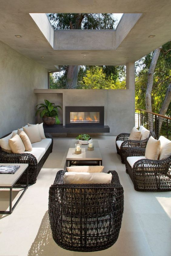Cozy Backyard Ideas: Full of Concrete