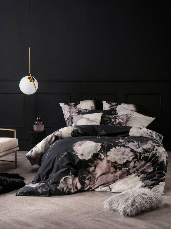 Dark Bedroom Ideas: Black and Floral
