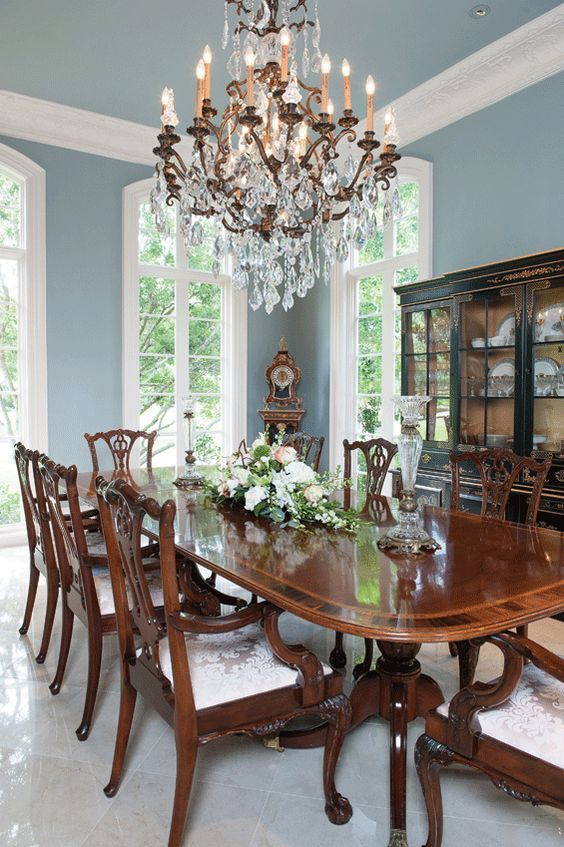 Dining Room Paint Ideas: Lovely Sky Blue