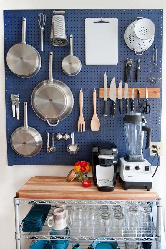 Kitchen Storage Ideas: Functional Storage Board