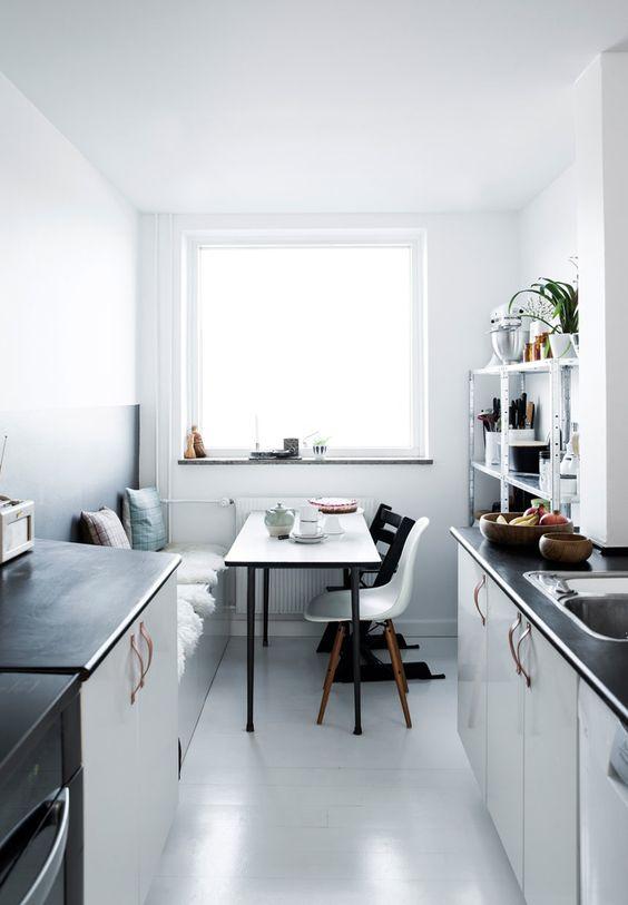Small Kitchen Ideas: The Stunning Minimalist