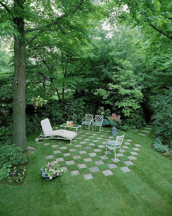 Backyard Sitting Area Ideas: Unique Sitting Area
