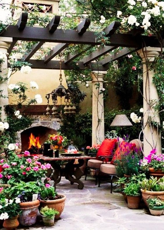 backyard sitting area ideas 12