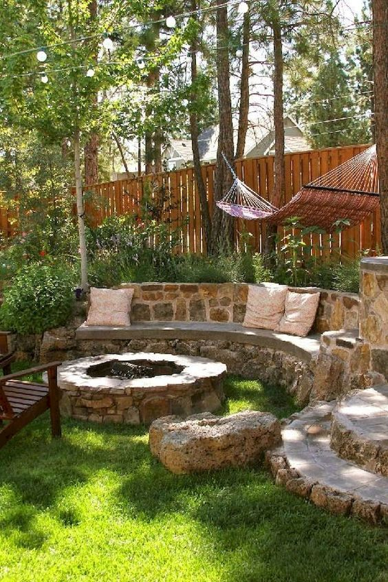 backyard sitting area ideas 15
