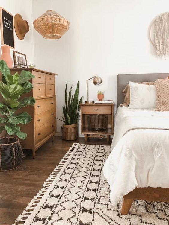 Cozy Bedroom Ideas: Calming Earthy Bedroom