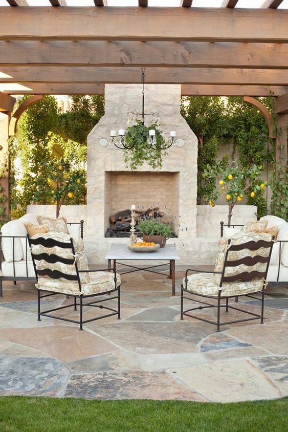 Backyard Fireplace Ideas: Captivating Earthy Atmosphere