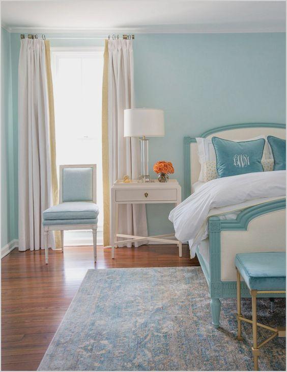 Beach Bedroom Ideas: Stunning Sky Blue