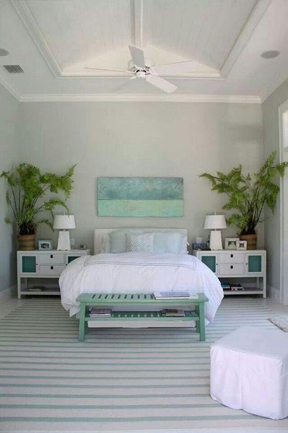 Beach Bedroom Ideas: Minimalist Coastal Bedroom